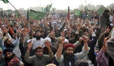 تحریک لبیک نے پر امن طور پر دھرنا ختم کرنے کا اعلان کردیا