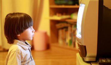 ٹیلی ویژن کے بچوں پر اثرات