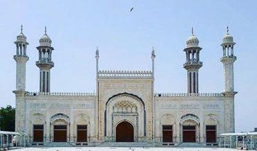 جامع مسجد الصادق کو 5سال بعد عام عوام کیلئے کھول دیا گیا