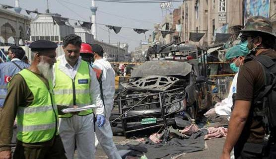 داتا دربار لاہور کے قریب خودکش حملہ